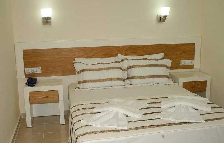 Diana Suite Hotel - Room - 4