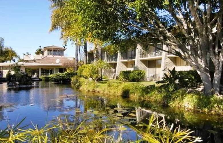 Ramada Limited Santa Barbara - Hotel - 1