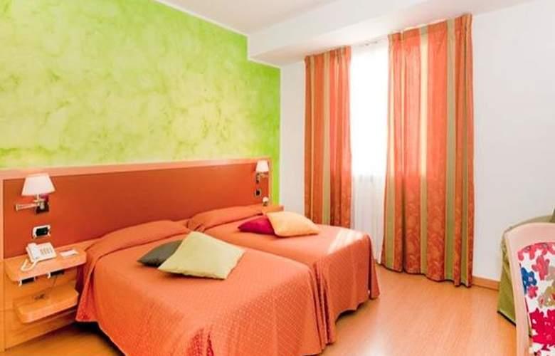 Vintage Rome - Room - 0