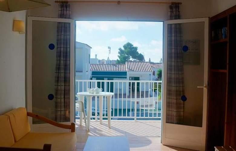 Annabels Apartamentos I y II - Room - 11