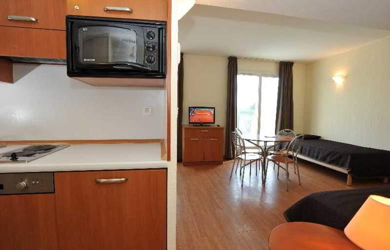 Interhotel Sea Side Park - Room - 16