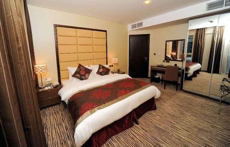 Al Hamra Hotel Sharjah - Room - 4