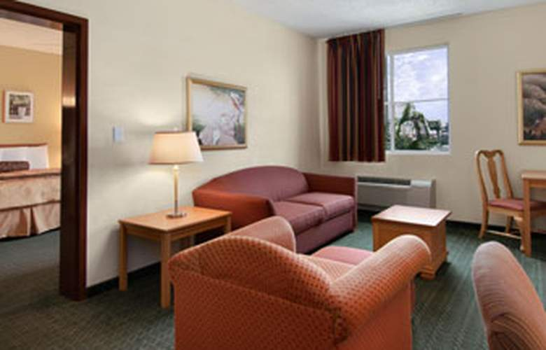 Baymont Inn & Suites Miami Airport West - Room - 7