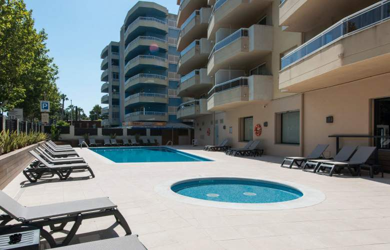 California Apartamentos - Pool - 20