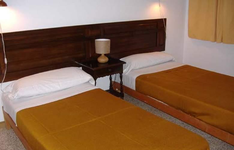 Apartamentos Punta Rassa - Hotel - 1