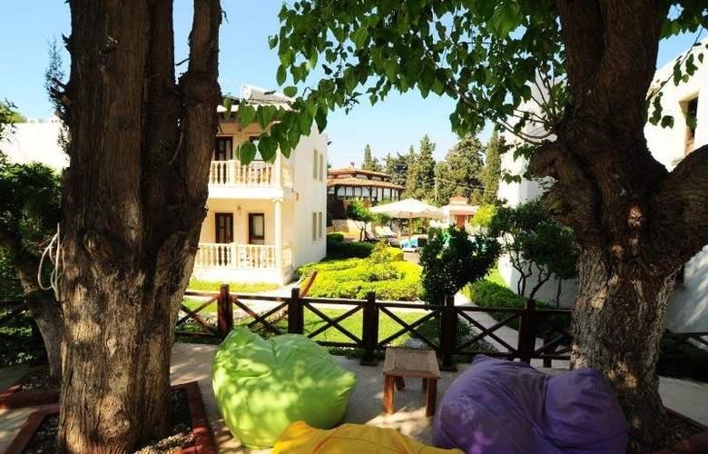 Bitez Garden Life - Hotel - 0