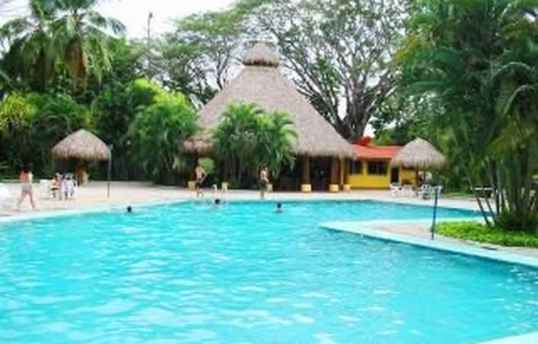 Best Western El Sitio Hotel & Casino - Pool - 5