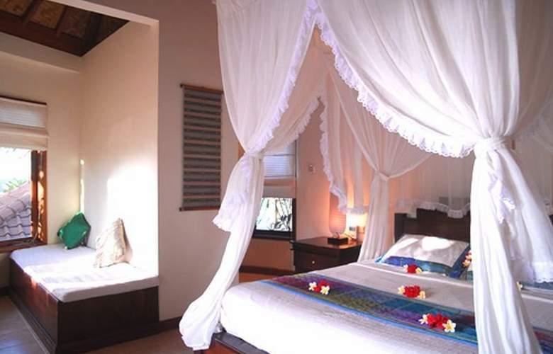 Blue Moon Villas - Room - 0