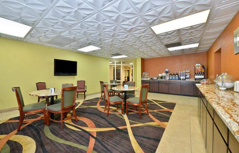 Best Western Knoxville - Restaurant - 95