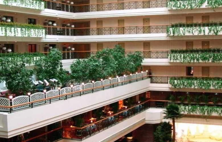Grand - Hotel - 7