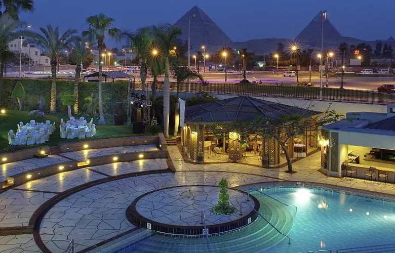 Mercure Cairo Le Sphinx - Hotel - 5
