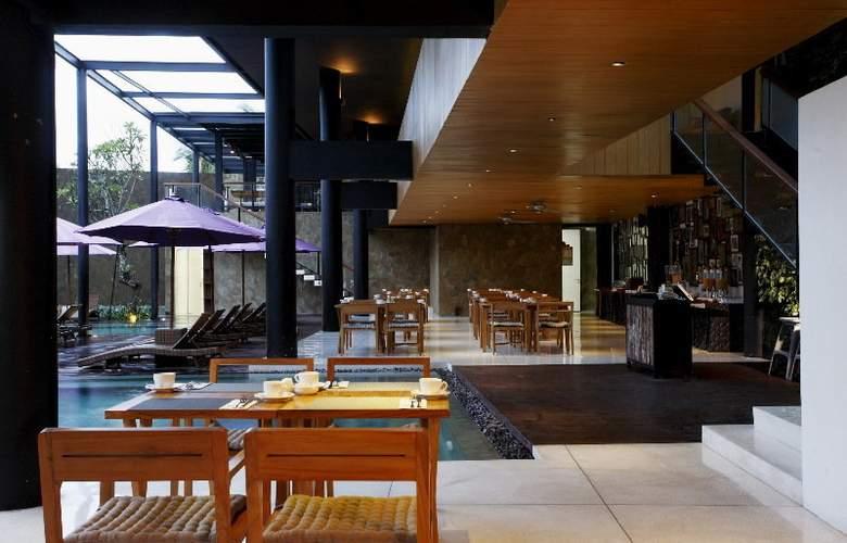 Centra Taum Seminyak - Restaurant - 16
