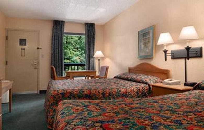 Baymont Inn & Suites - Room - 4
