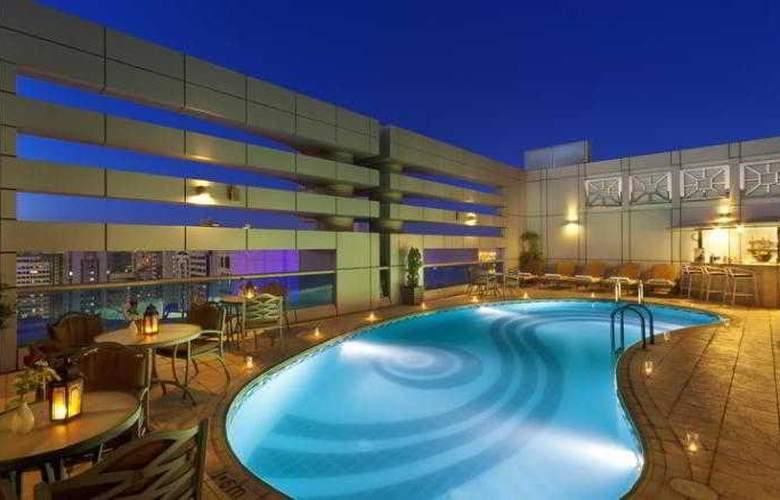 Al Manzel Hotel Apartments - Pool - 14