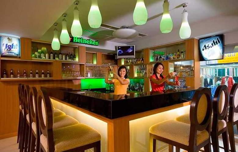Unico Grande Silom - Bar - 7