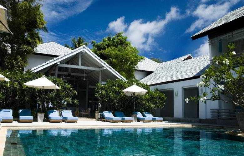 Ramada Phuket Southsea - Pool - 4
