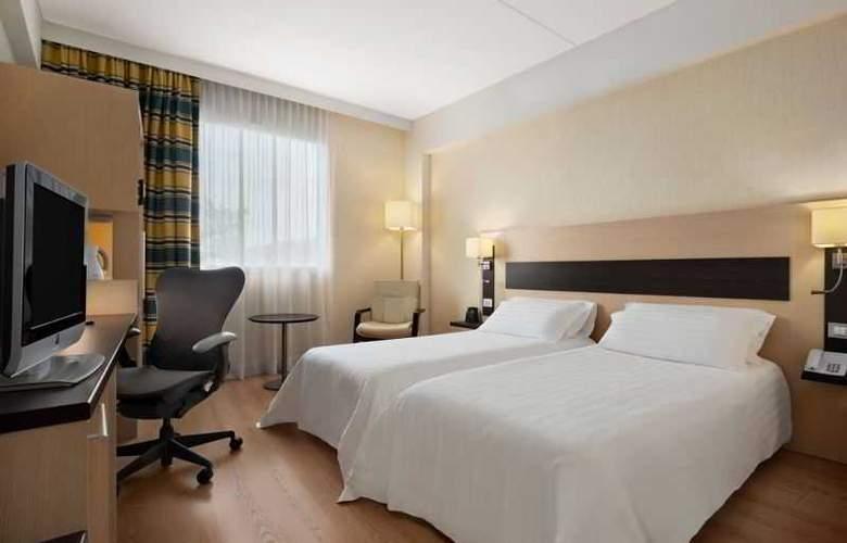 Hilton Garden Inn Rome Airport - Room - 9