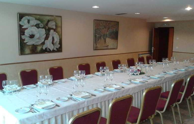 Sercotel Ciudad de Burgos - Restaurant - 72