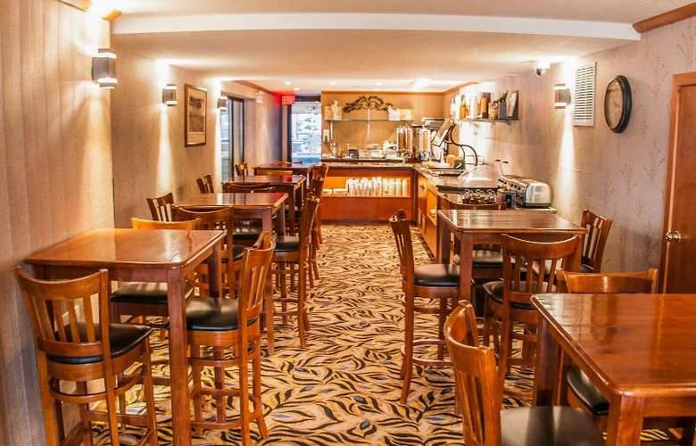 Charlton's Cedar Court - Restaurant - 15