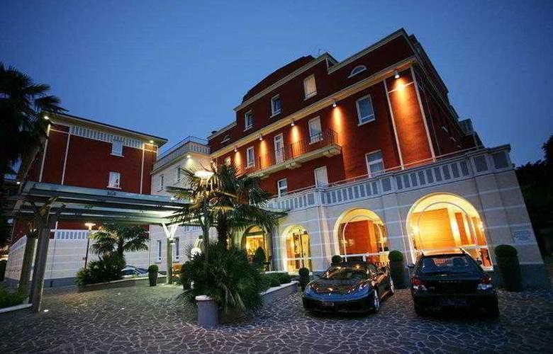 Master - Hotel - 0