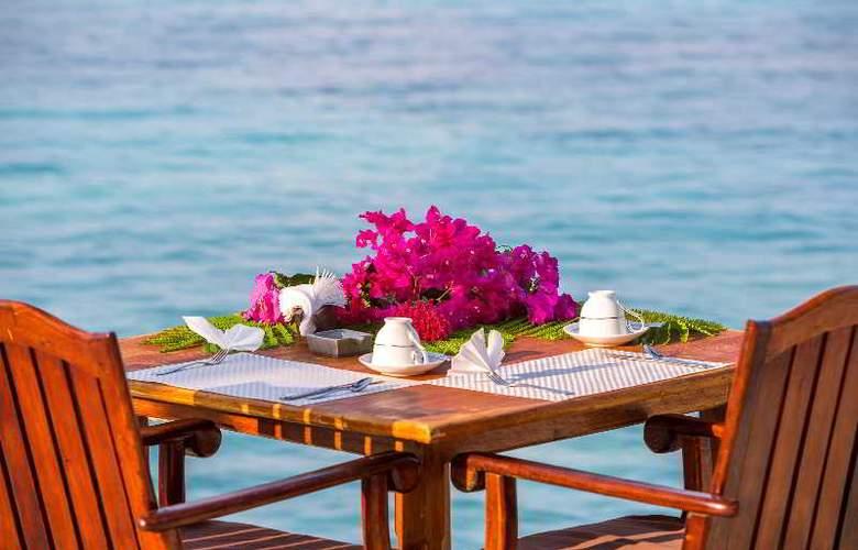Palm Beach Resort & Spa Maldives - Restaurant - 45