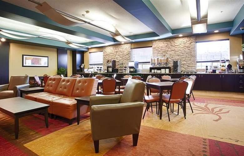 Best Western Plus The Inn At St. Albert - Restaurant - 137