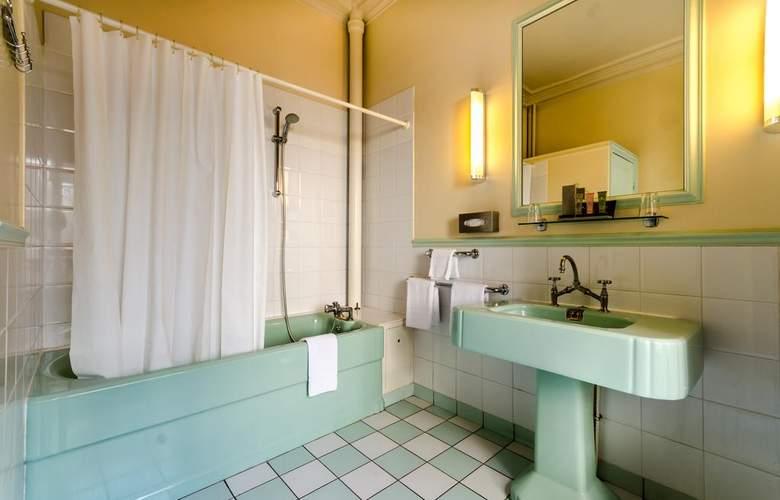 Langlois - Room - 6