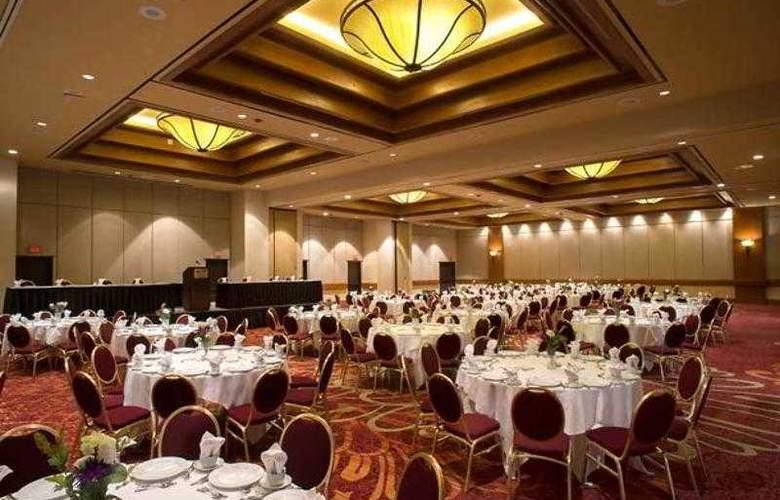 Marriott Tulsa Hotel Southern Hills - Hotel - 2