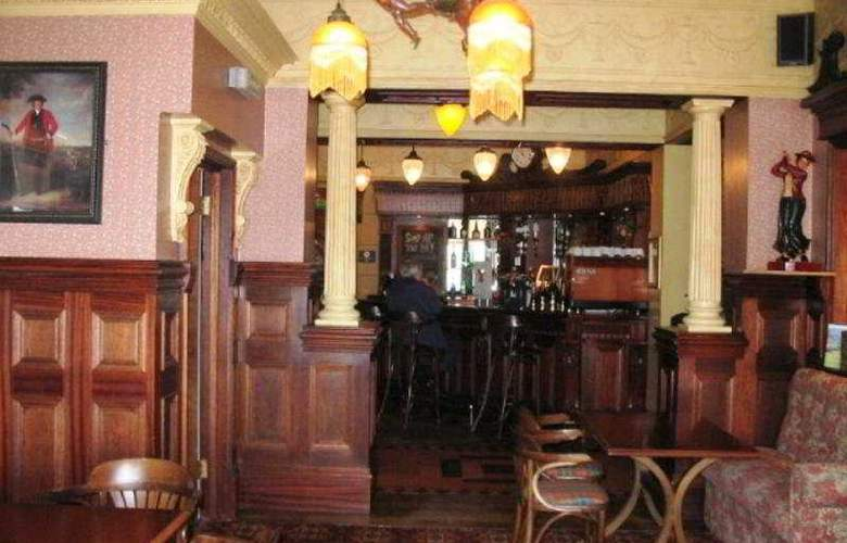 North Beach Hotel - Bar - 6