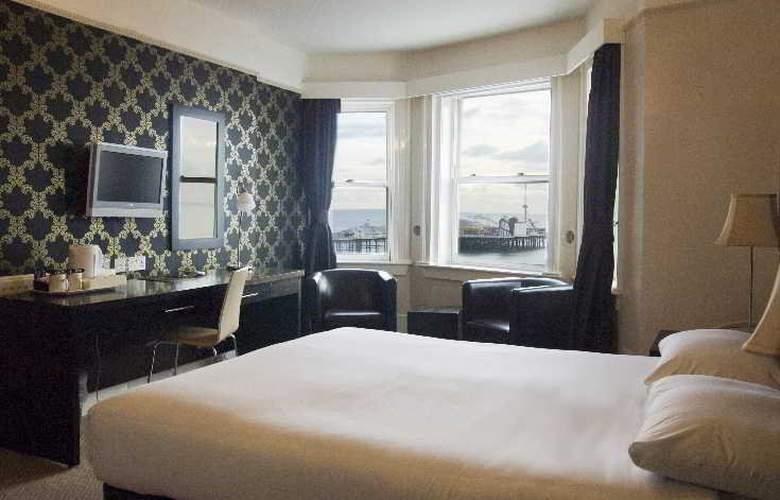 Queens Hotel - Room - 1