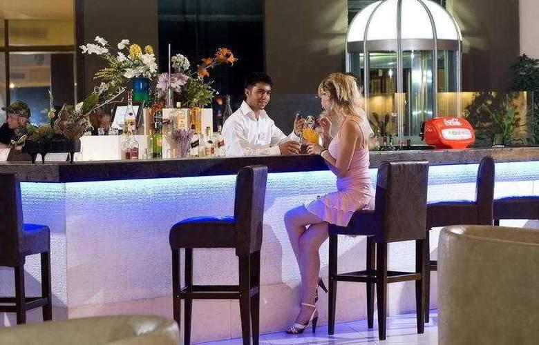 Grand Prestige Hotel - Bar - 5