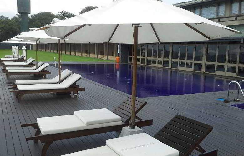 The Lake (Seruwa) - Hotel - 4