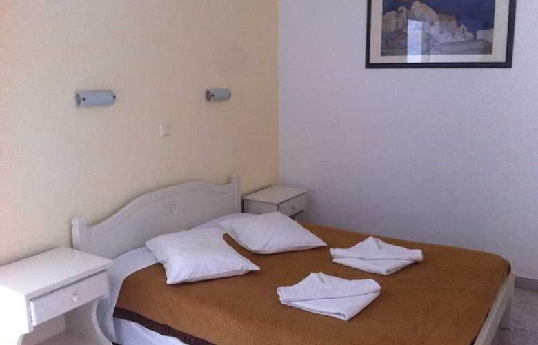 Galinos - Room - 8