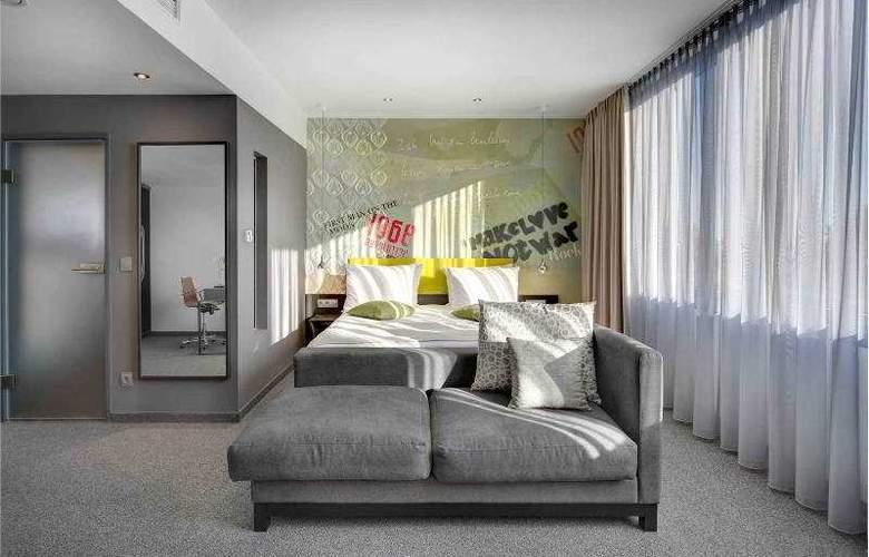 Berlin, Berlin - Room - 17