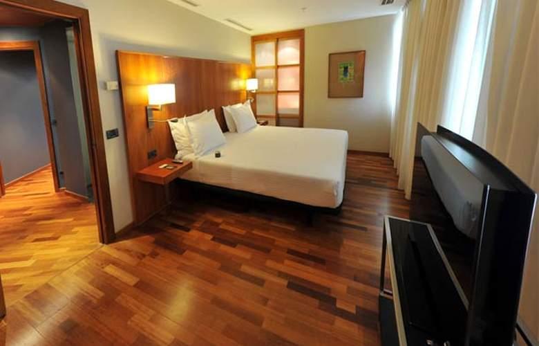 Ac Malaga Palacio - Room - 13
