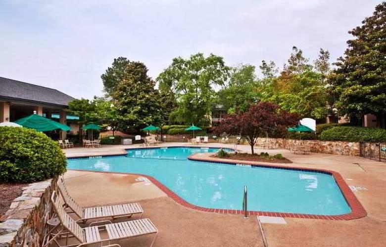Baymont Inn & Suites Augusta Fort Gordon - Pool - 0