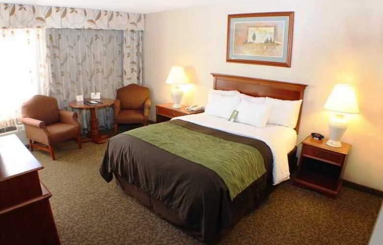 Comfort Inn at Buffalo Bill Village Resort - Room - 3