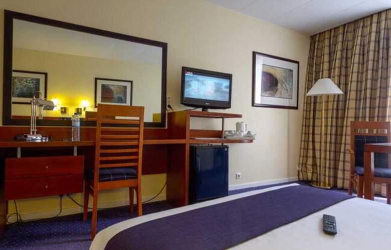 Holiday Inn Lisboa - Room - 24