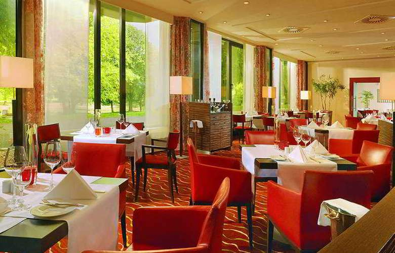 Sheraton Essen Hotel - Restaurant - 8