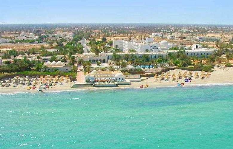 Les Sirenes Beach - Hotel - 0