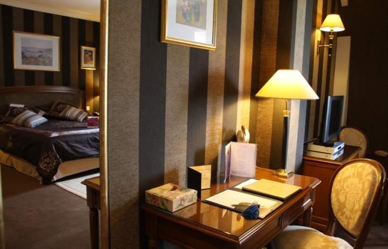 Le Manoir Poterie & Spa - Room - 6