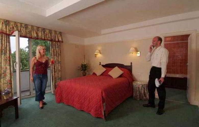 Southampton Park - Room - 2