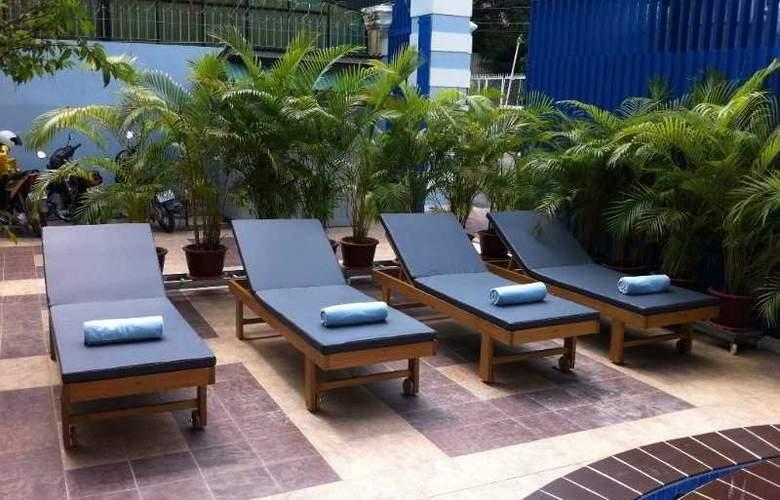 Lotus Luxury Villa - Pool - 9