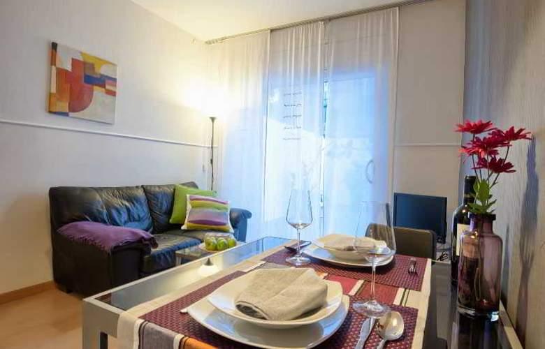 Sata Sagrada Familia Area - Room - 3