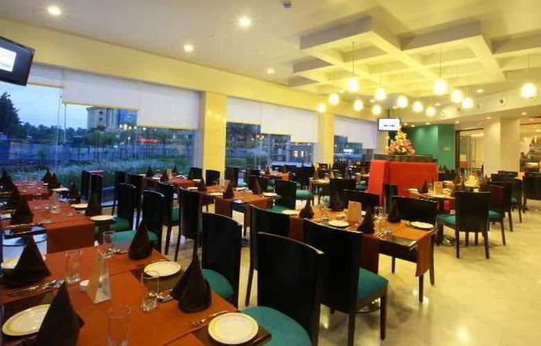 Noorya Hometel Pune - Restaurant - 6