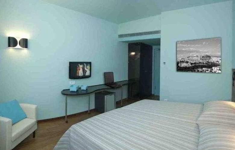 Athens Center Square - Room - 4