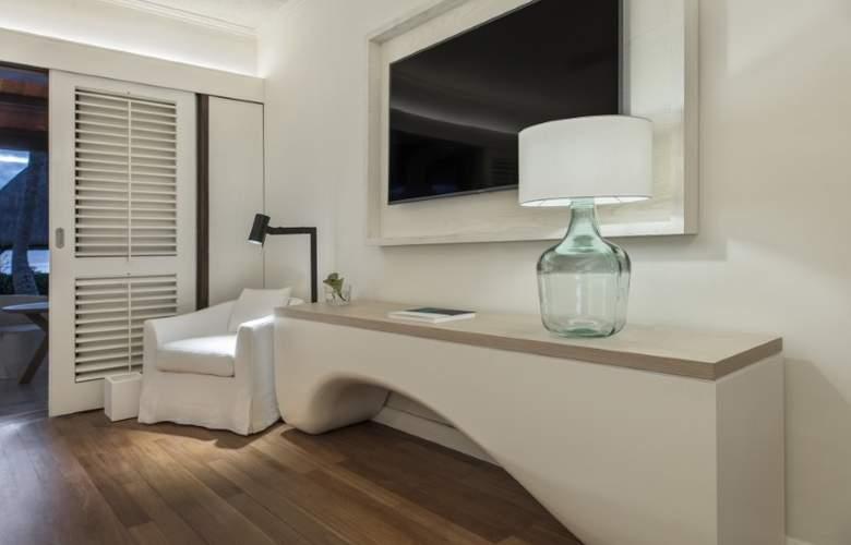 LUX* Le Morne - Room - 17