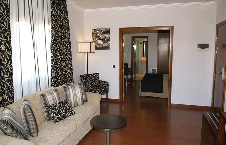 Hacienda Castellar - Room - 30