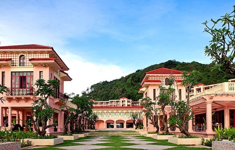 Centara Grand Beach Resort Phuket - Hotel - 12