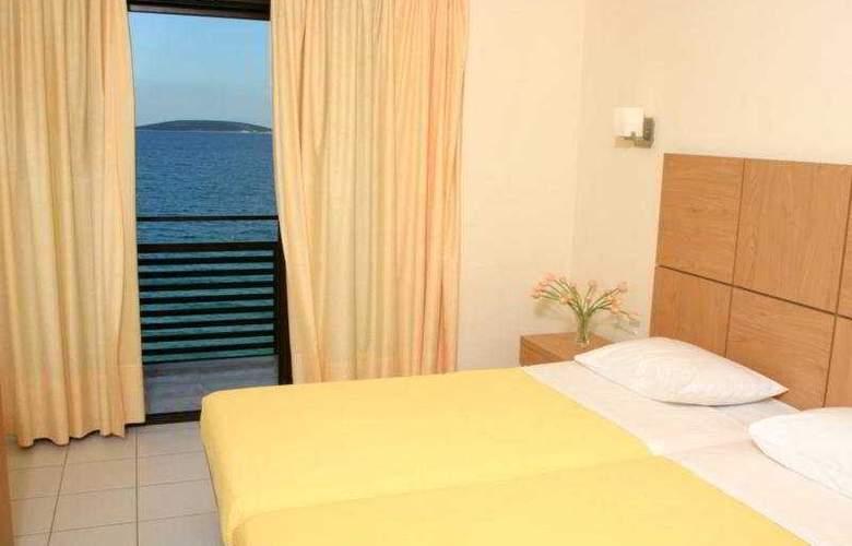 Flisvos Hotel Tolo - Room - 3